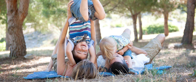 Moment-photo. Portrait famille heureuse