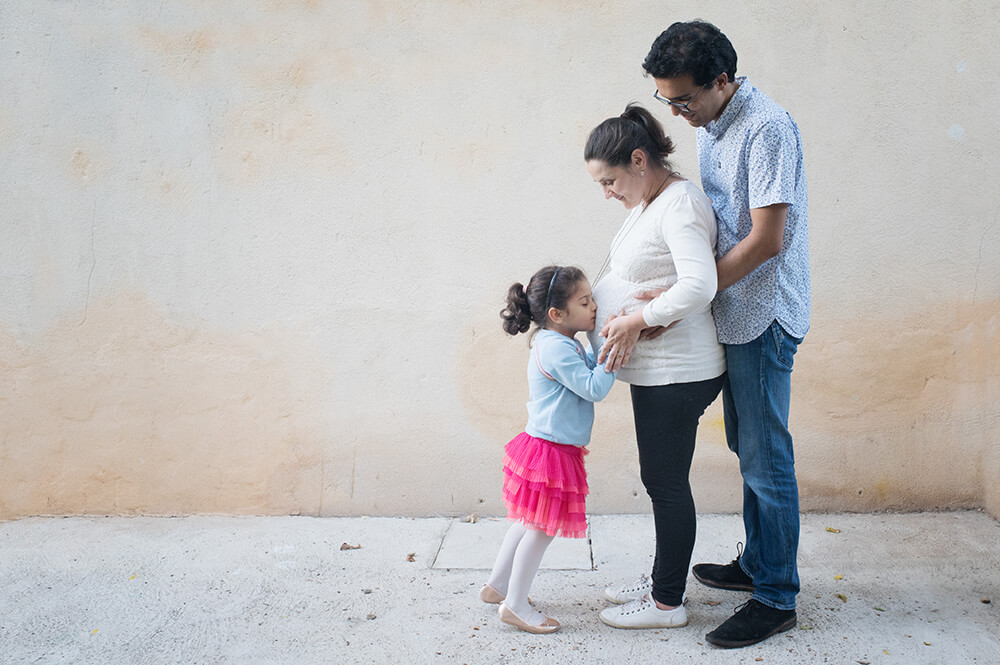 Séance photo grossesse à domicile Marseille