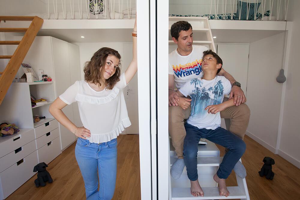Séance photo happy family - portrait de famille à domicile Marseille