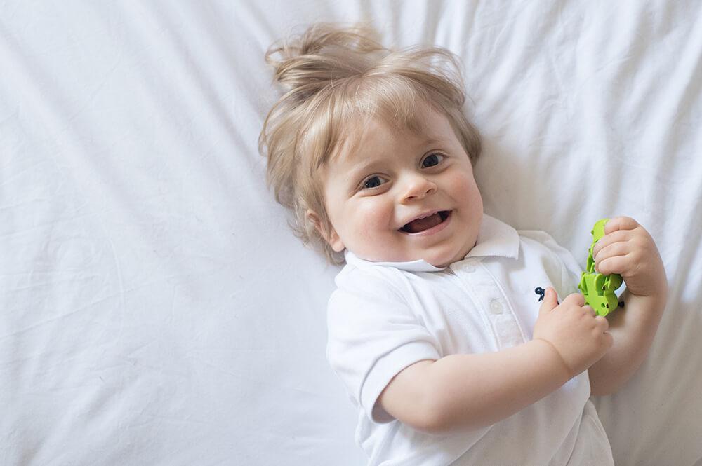 Portrait sourire bébé