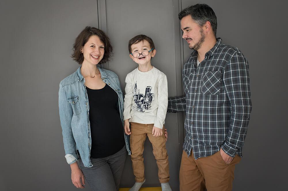 Photo rigolote avec ses parents.