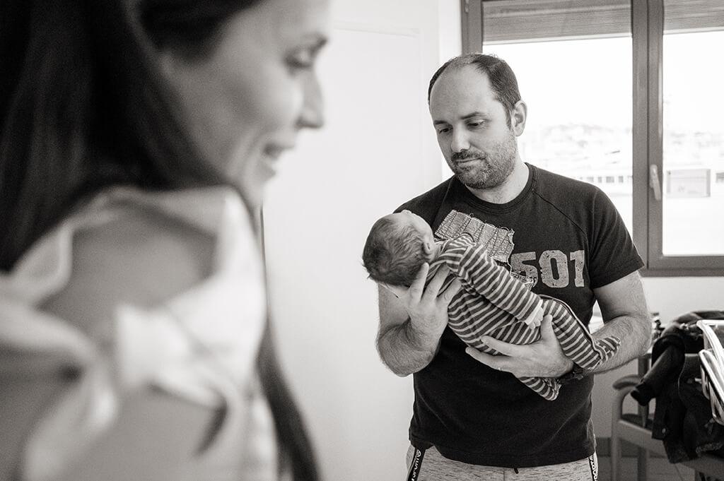 Reportage naissance à la maternité de Saint-Joseph à Marseille.
