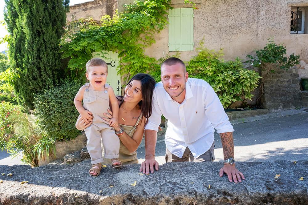 Portrait en famille à Ansouis, Luberon.