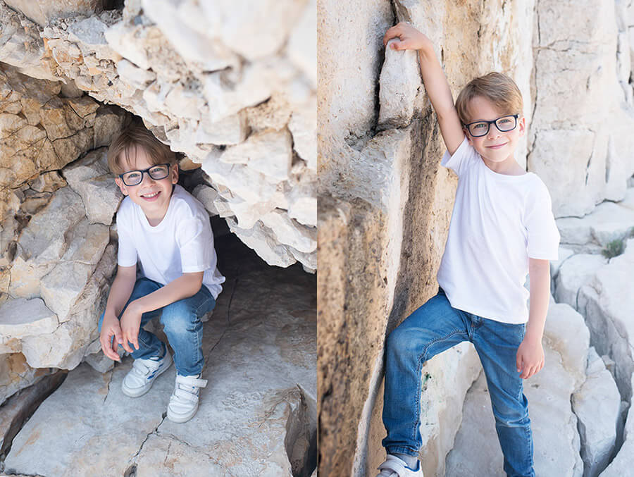 Enfant caché dans les rochers de Cassis.