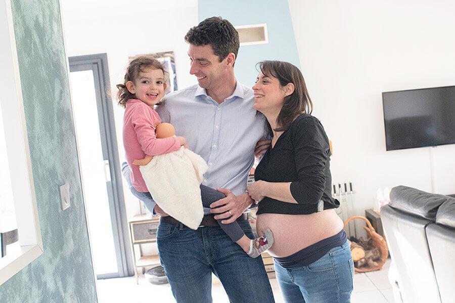 Séance photo grossesse à domicile Salon de Provence