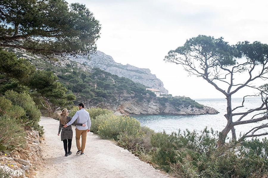 Balade amoureuse dans les Calanques Marseillaises.