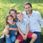 séance photo famille au château la coste.