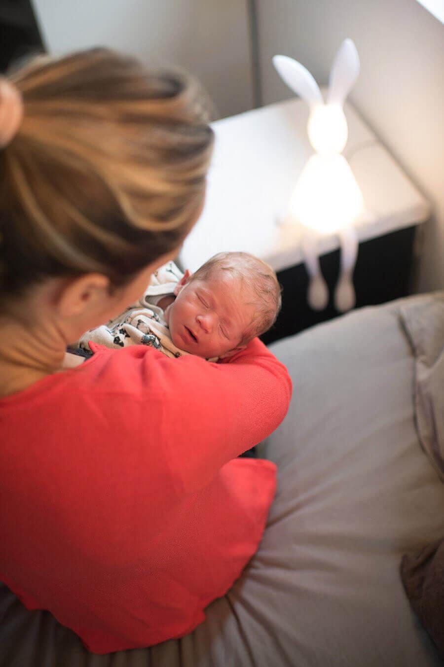 Séance photo nouveau-né à domicile Toulon